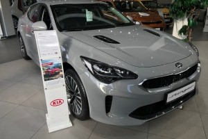 Kia Stinger Prestige 2,0 AT (247 лс)